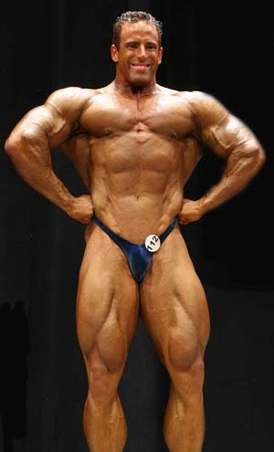 Bodybuilder Todd Jewell Stops Bank Robber becomes Real Life Superhero Exclusive Interview and Pics