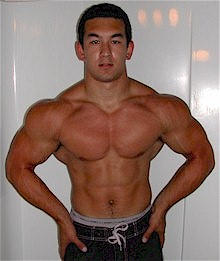 Find out more about bodybuilding expert Sean Nalewanyj.
